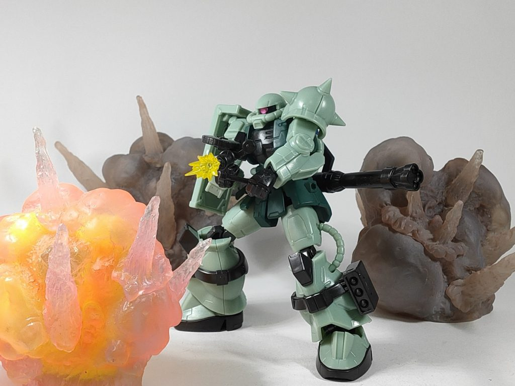 Gフレーム ザクと爆発エフェクト